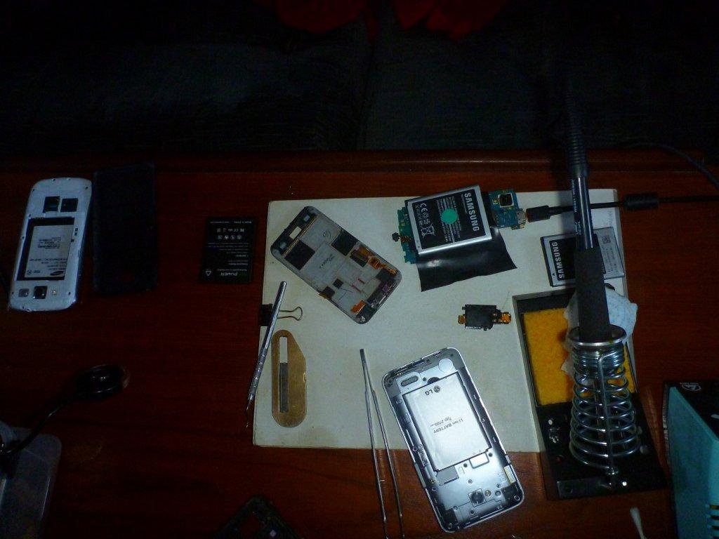 phone charging opps (1)