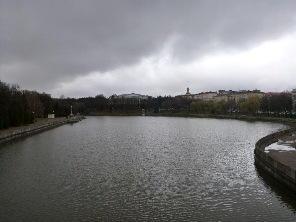 cold-grey-gloomy