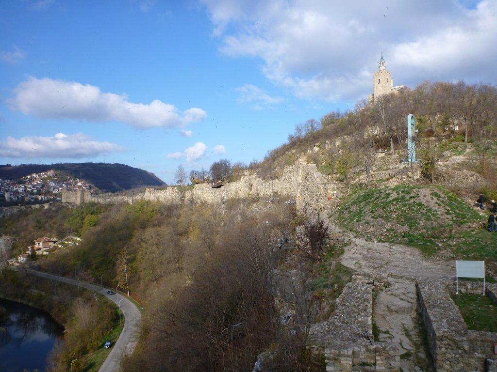 more-walls