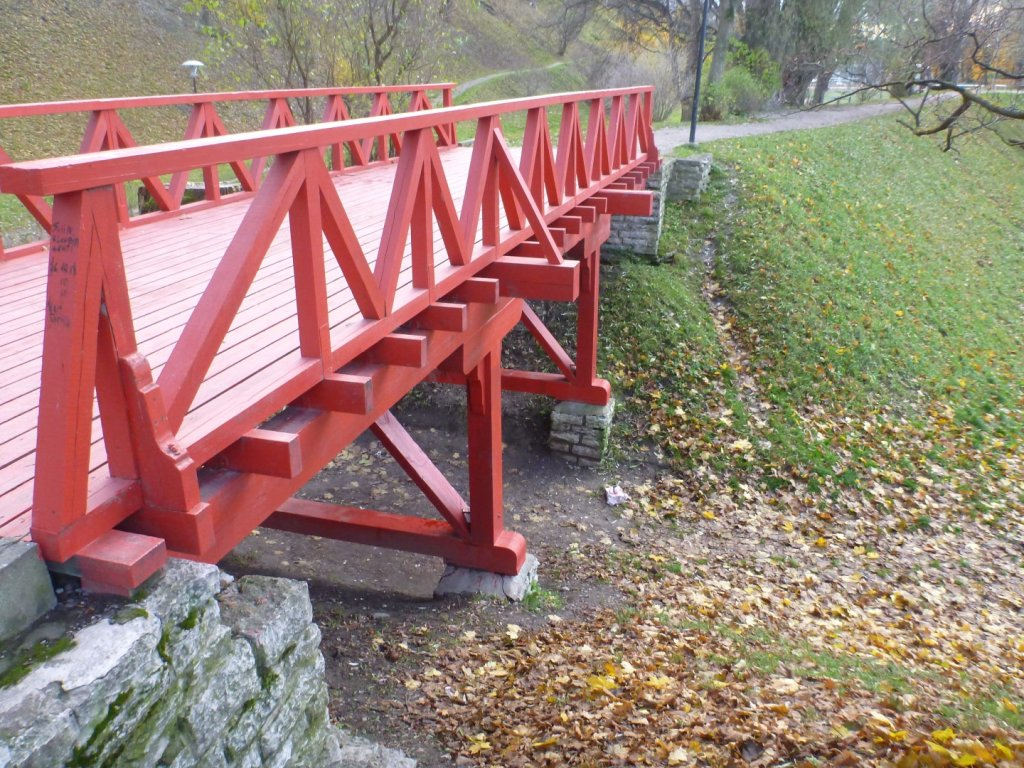 red-bridge