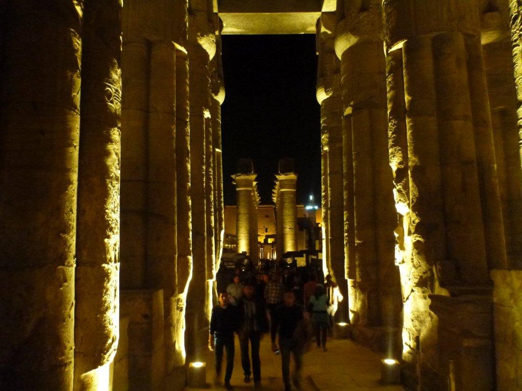 luxor-temple-path