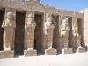 statues-at-karnak