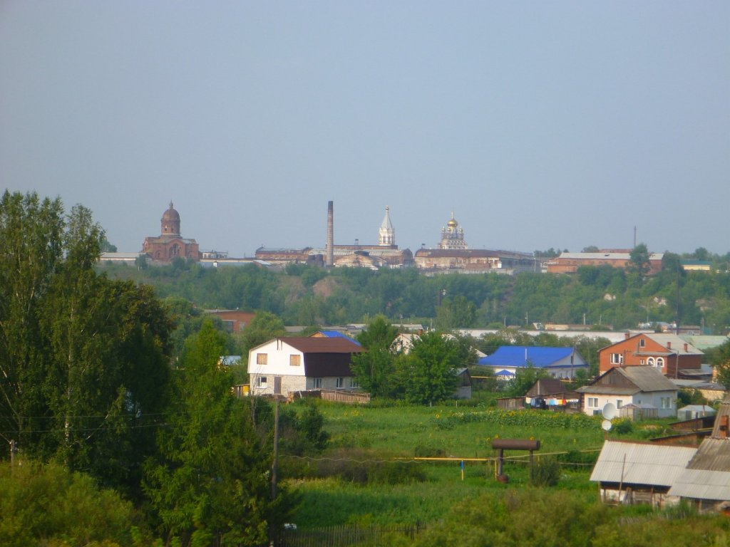 a-kremlin-in-the-distance